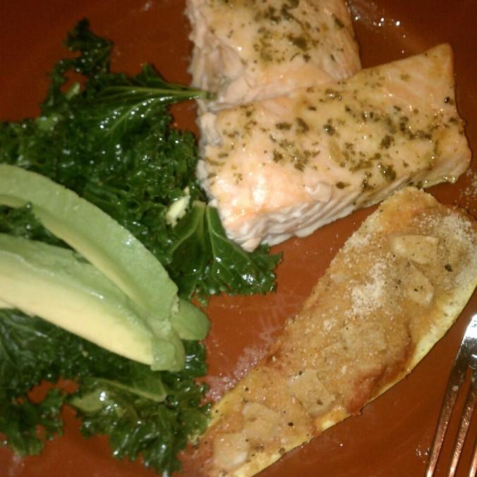 salmon, stuffed squash & steamed kale with avocado
